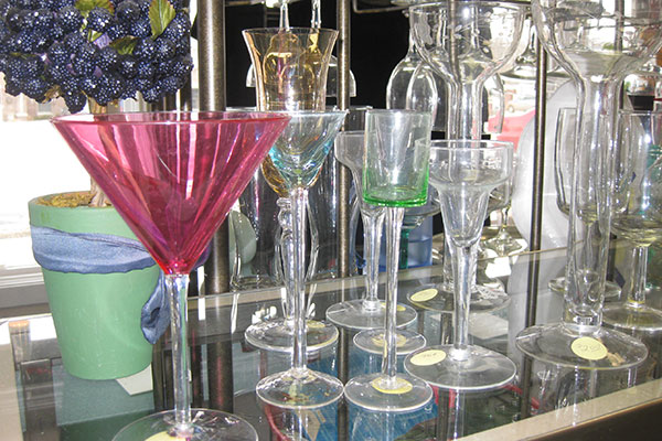 Picture of second-hand glassware at Together We Cope's second-hand shop in Tinley Park