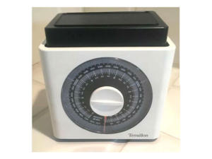 Terraillion Kitchen Scale-vintage 1970s   $5 after applying the Nu2u everyday 50% discount.